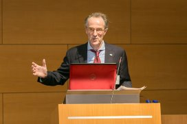 """Interview: FVE president: """"One Health approach is essential"""""""